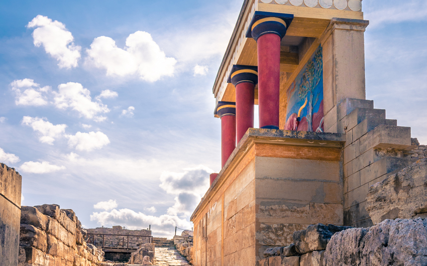 Knossos palace ruins at Crete