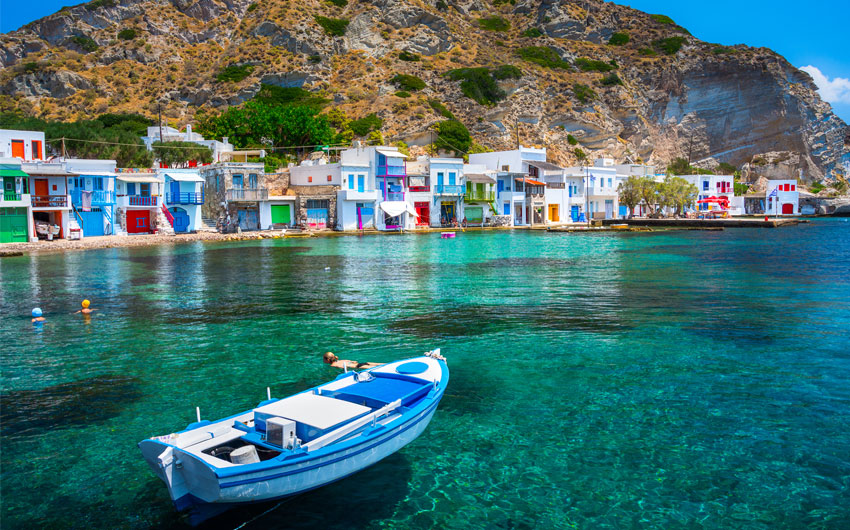 Traditional fishermen's houses, Milos