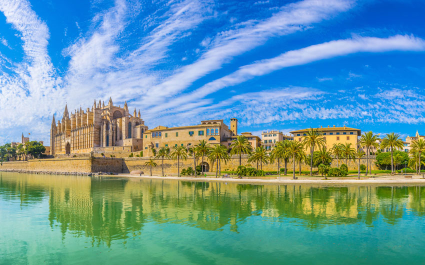 Cathedral and city view, Palma de Mallorca