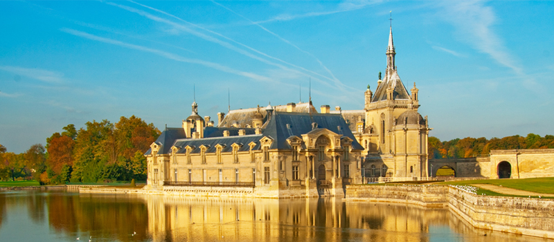Customized Tour Packages to France Can Save You Lots of Money and Stress