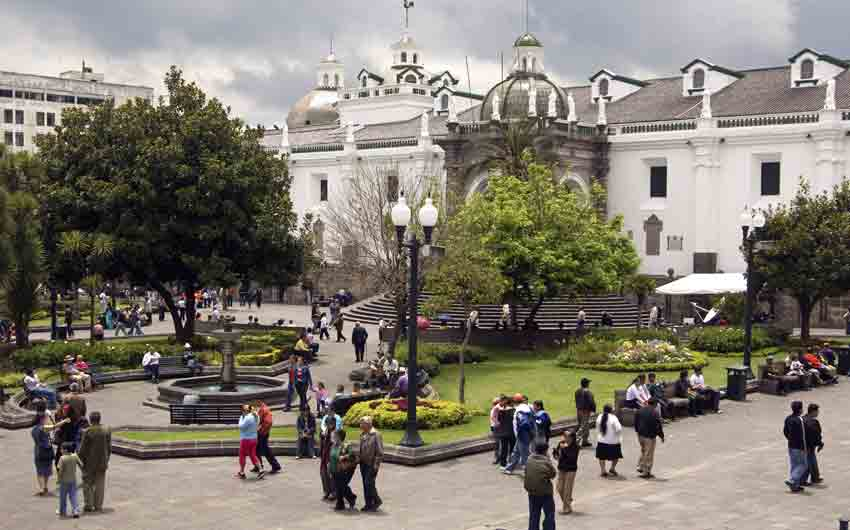 Centre Square Plaza Grande, Quito