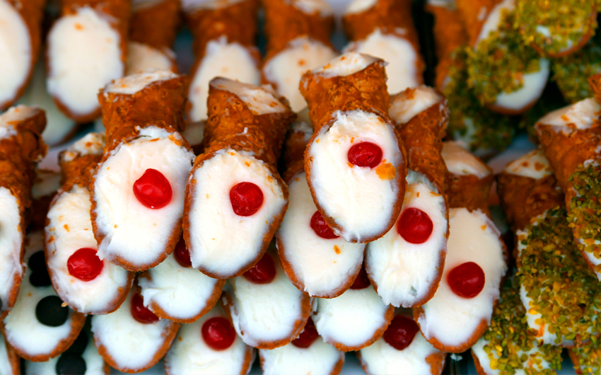 Sicilian pastries called Cannoli