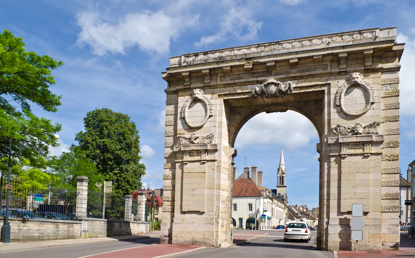 Medieval city gate Porte Saint Nicolas, Beaune