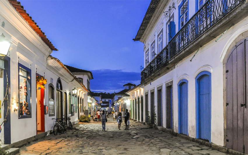 Street view in the Colonial Town of Paraty
