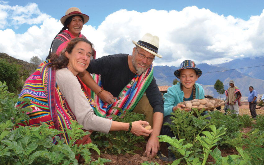 Interact with the indigenous families of Misiminay in the Sacred Valley